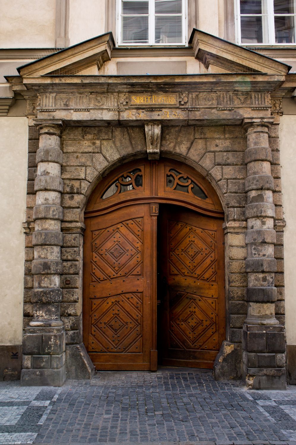 Doors of prague terri butler photography for Door z prague